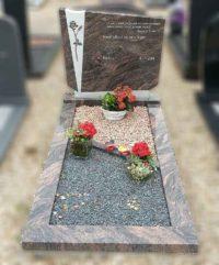 grafsteen-grafmonument-met-roos-EM-9